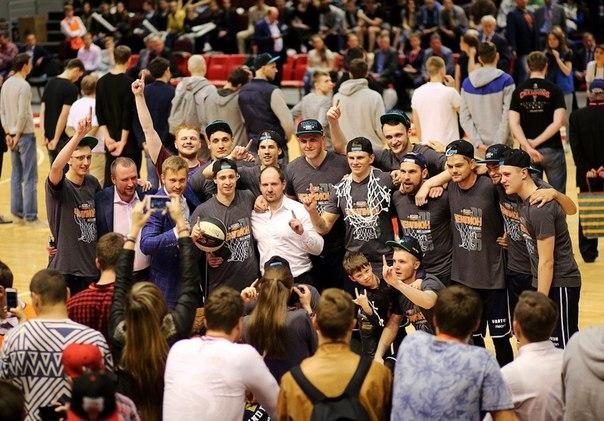 Ассоциация студенческого баскетбола может стать для игроков трамплином в профессиональный баскетбол